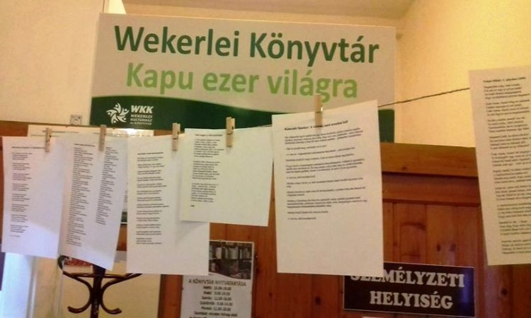 A magyar költészet napja - Virtuális VERS-FAL a Wekerlei Könyvtárban
