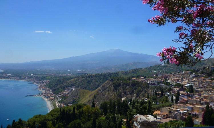 Wekerlei világjárók - Szicíliai álom