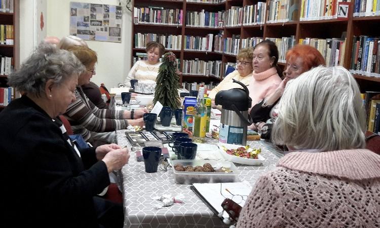 Versbarátok klubja - Adventi Versünnep