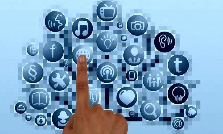 Aktuális kulturális - Az internet világnapja
