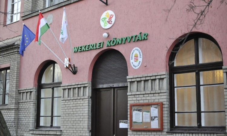 A Wekerlei Könyvtár különleges szolgáltatásai és online programjai